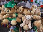 Duffy got to meet some other bears in traditional German clothing