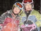 Snowboarding with friends is even more fun!